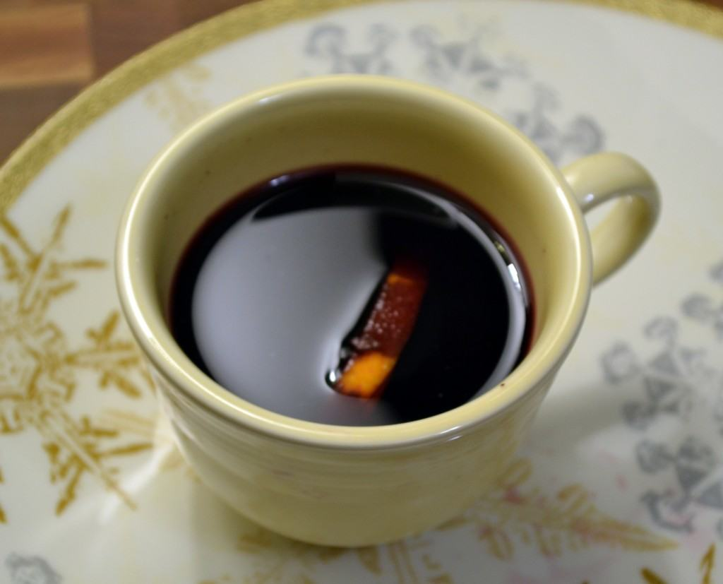 Mulled Wine {Hot Wine - Vin Chaud} from The Law Student's Wife