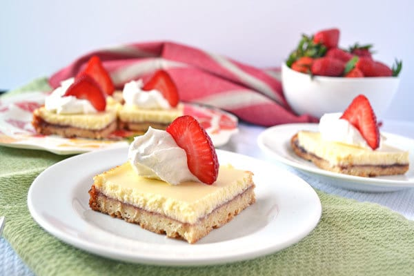 Strawberry-Lemonade-Shortcake-Bars-Recipe-The-Law-Students-Wife