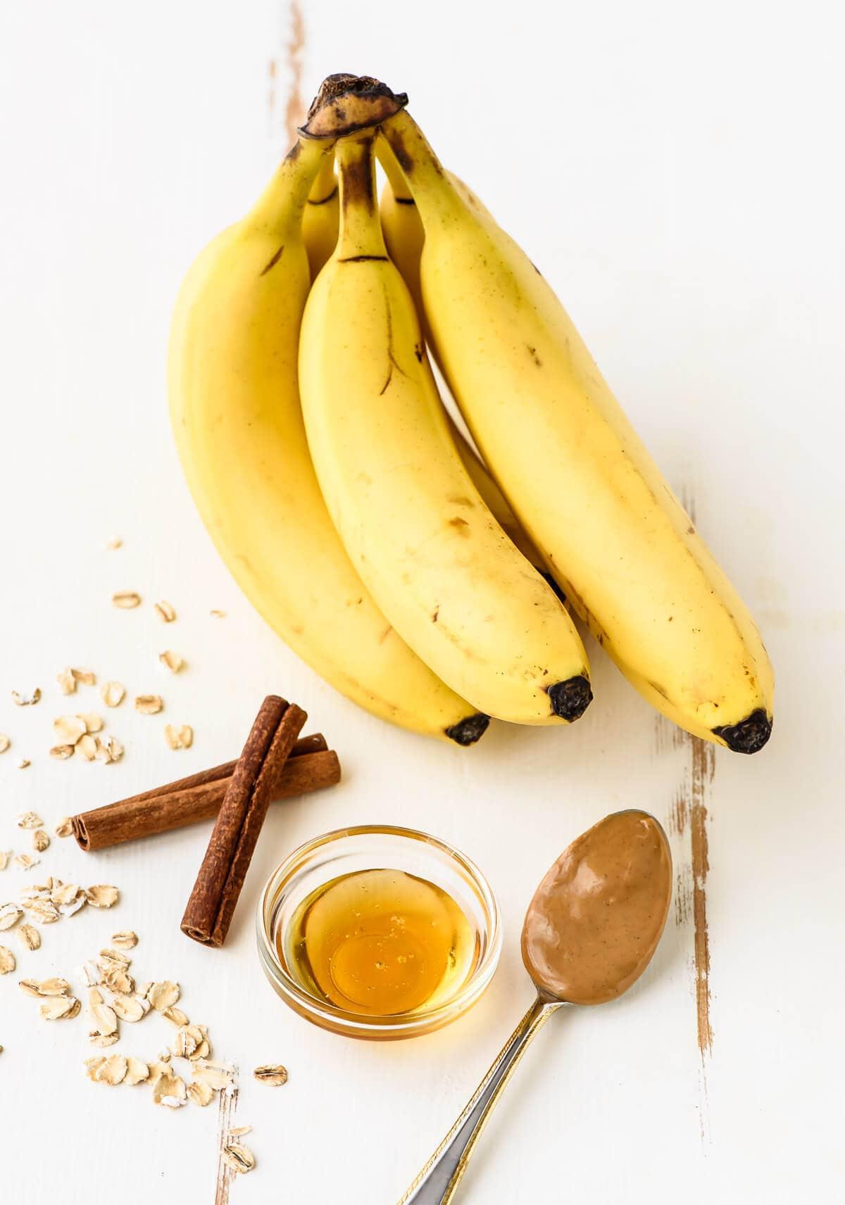 Oatmeal Breakfast Bars with Peanut Butter Banana and Honey