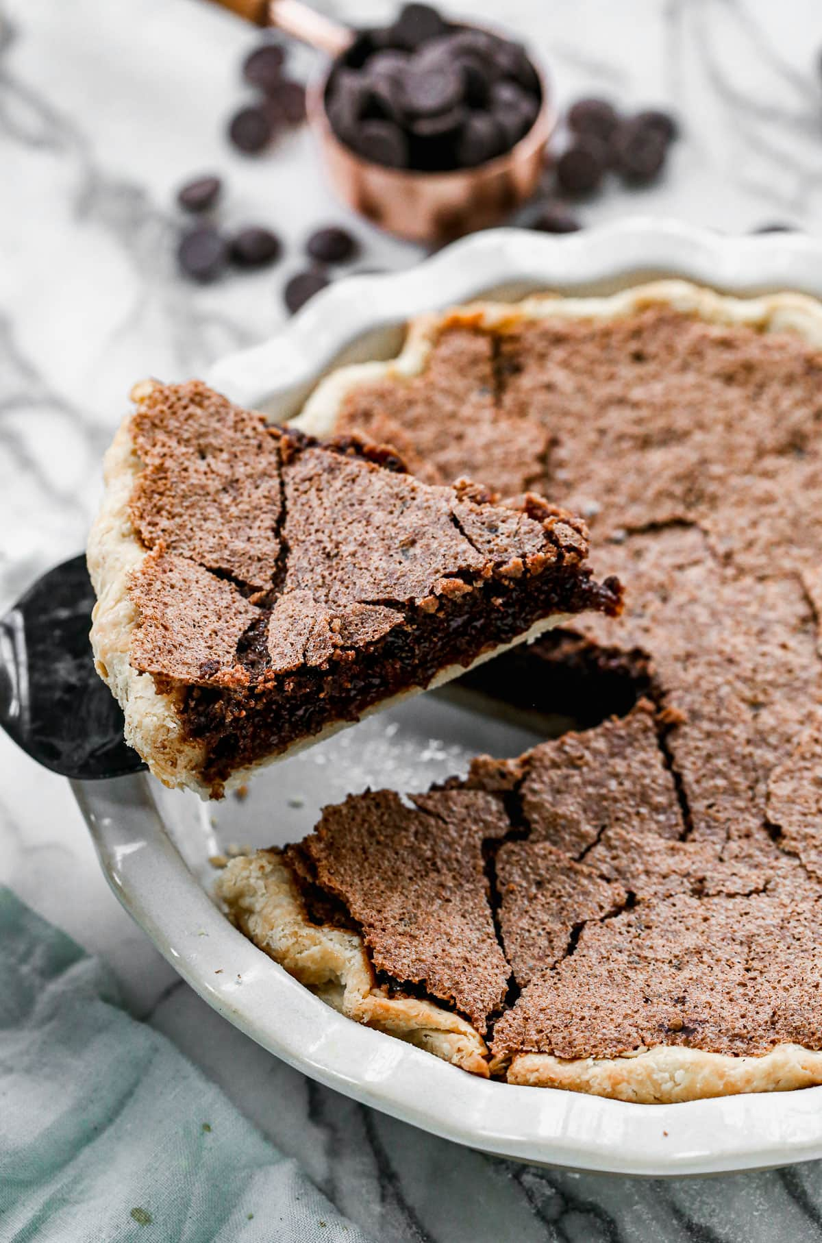 Irish Whiskey Brownie PIe. Gloriously rich with a fudgy center and big whiskey flavor! @wellplated