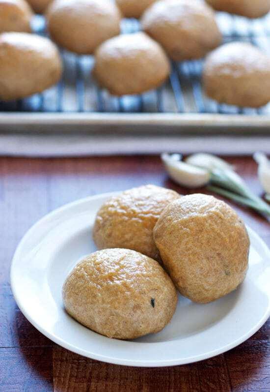 Roasted Garlic Potato Rolls Recipe - Easy recipe with whole wheat ...
