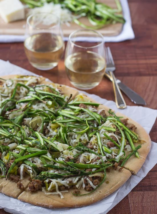Spicy Turkey Leek Asparagus Pizza-The perfect pizza for spring!