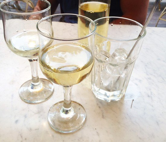 Ice in the White Wine (!)