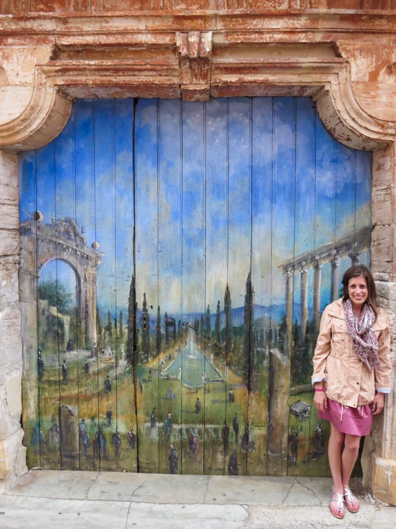 Roussilon - Painted Door