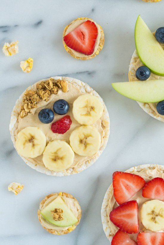 Healthy Peanut Butter Fruit Pizza Recipe-Kids love this healthy snack!