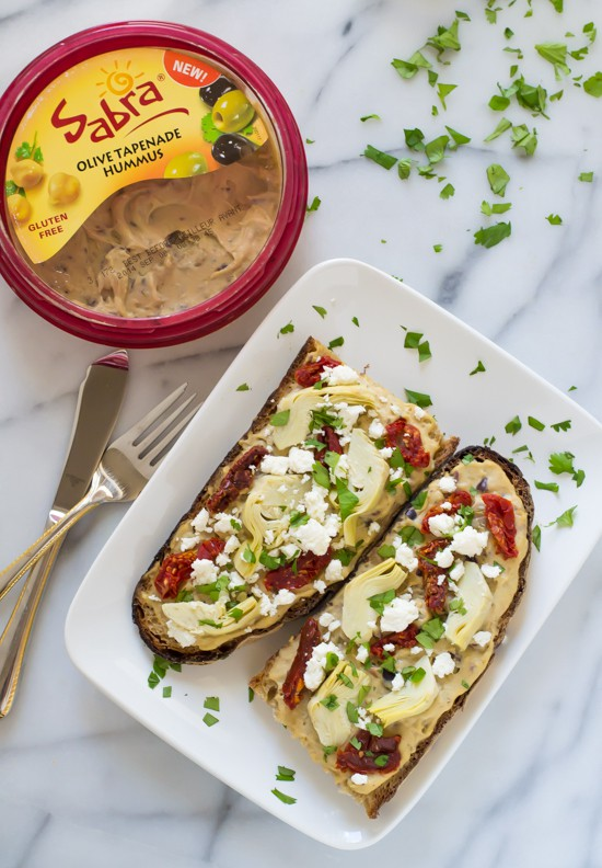 Sundried Tomato, Artichoke and Hummus Tartines- My favorite easy, healthy lunch