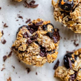 Dark Chocolate Cherry Snack Cookies. FINALLY a healthy cookie that tastes great! (vegan and gluten free)