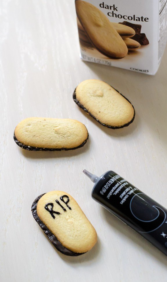 Graveyard Chocolate Cheesecake Dip-Use Milano cookies to make tombstones