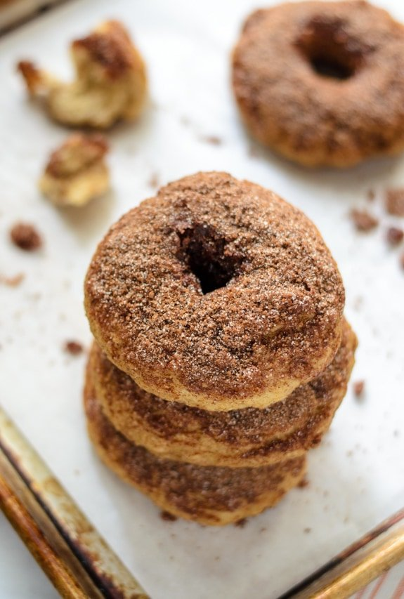 Snickerdoodle Bagels - Soft and chewy homemade bagels that taste just like a snickerdoodle cookie!