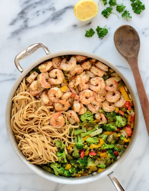 Healthy Garlic Shrimp Pasta is for the nights when motivation to cook ...