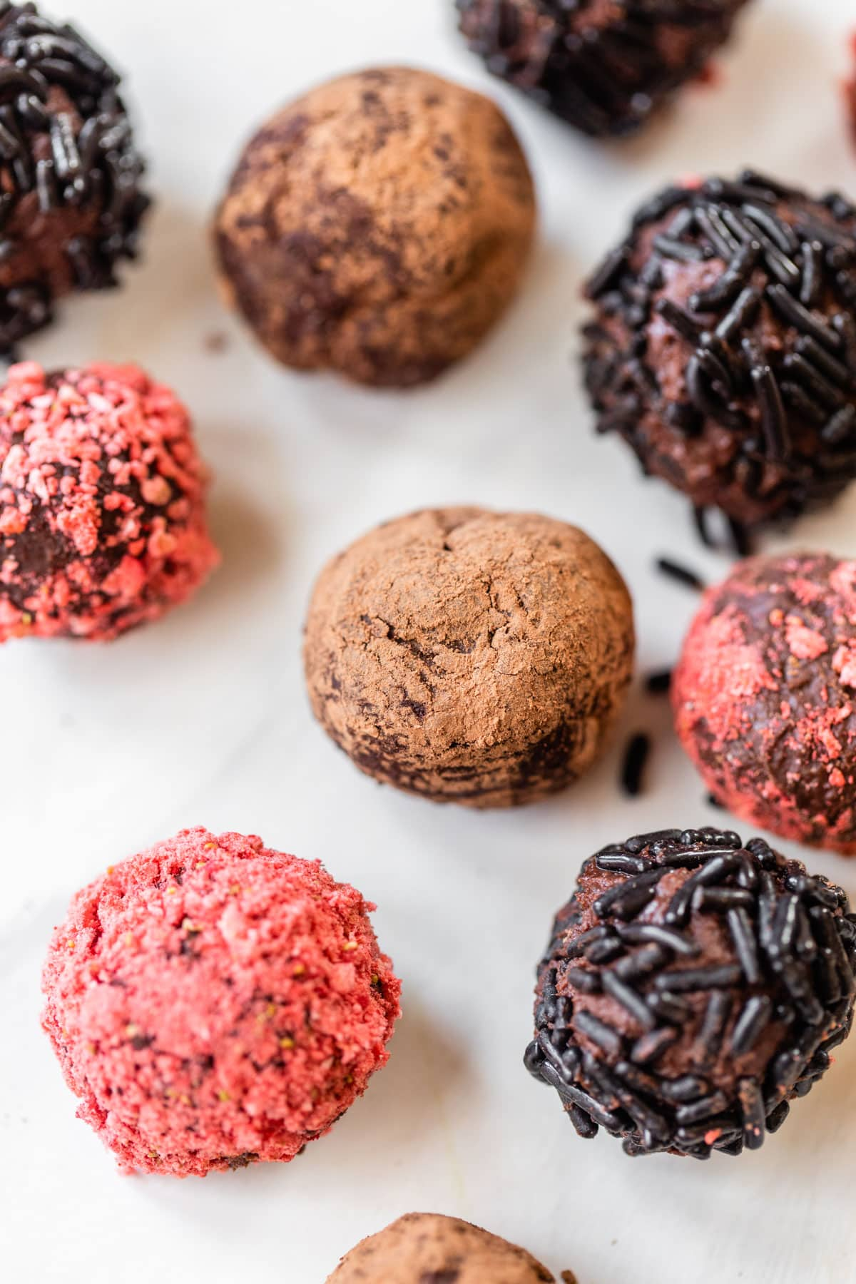 Red wine and chocolate together make the best homemade truffles