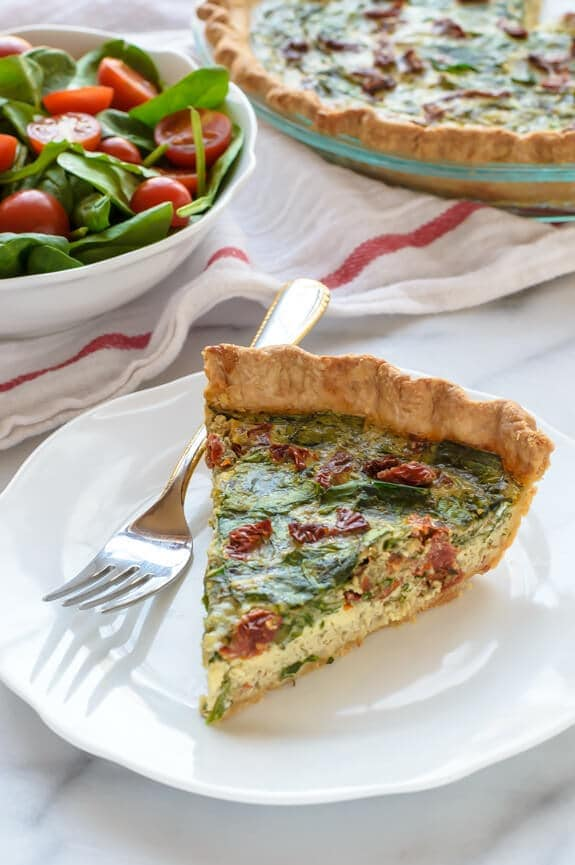 Pesto Quiche with Sundried Tomatoes and Parmesan. Beautiful and healthy too!