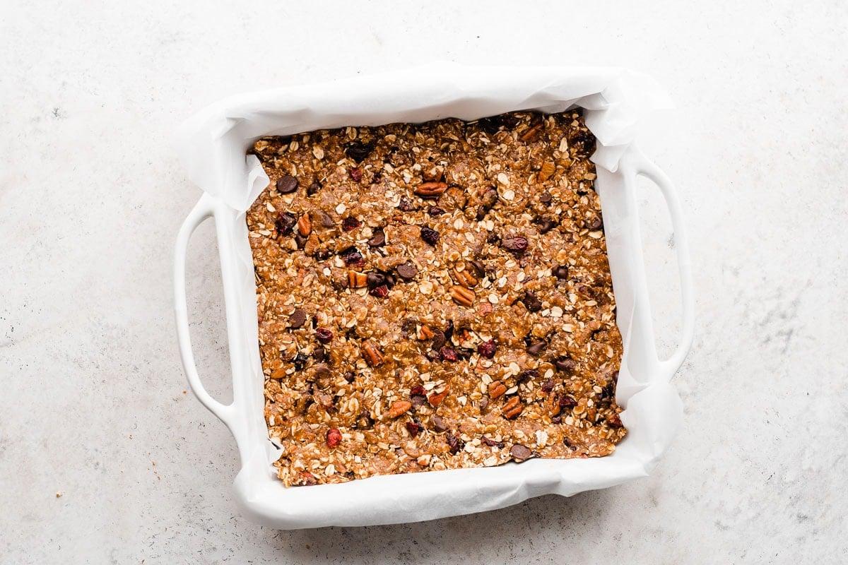 Salted Chocolate Almond No Bake Granola Bars. Tastes just like a brownie LaraBar!