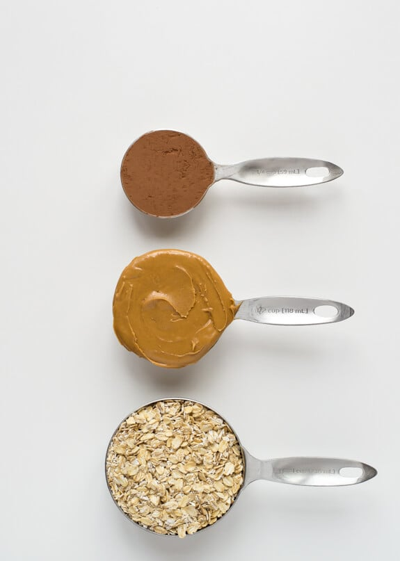 Healthy No Bake Cookies made with Peanut Butter, Chocolate and Oatmeal
