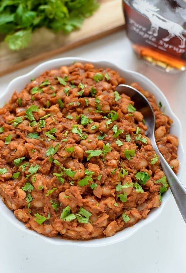 Easy Baked Beans. Healthy recipe that's ready to go in less than 30 minutes and almost completely hands free!