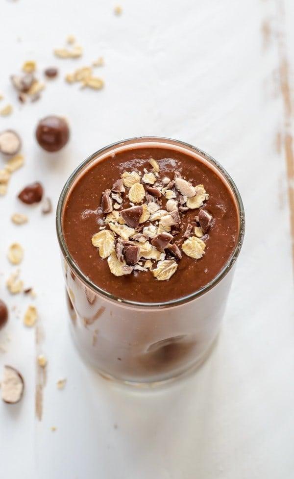 Healthy Chocolate Malt Oatmeal Smoothie
