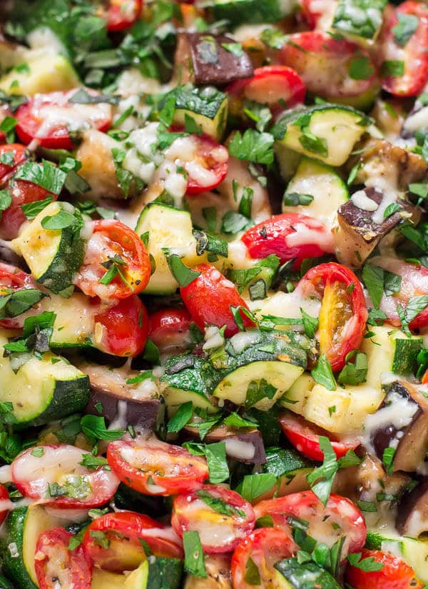 Easy CHEESY Zucchini Bake with Tomato, Eggplant, Garlic, and Parmesan. The best way to use up extra garden veggies! Recipe at wellplated.com   @wellplated