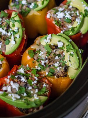 Chicken Quinoa Crock Pot Stuffed Peppers. Healthy and freezer friendly! Perfect for back to school too! #glutenfree #backtoschool