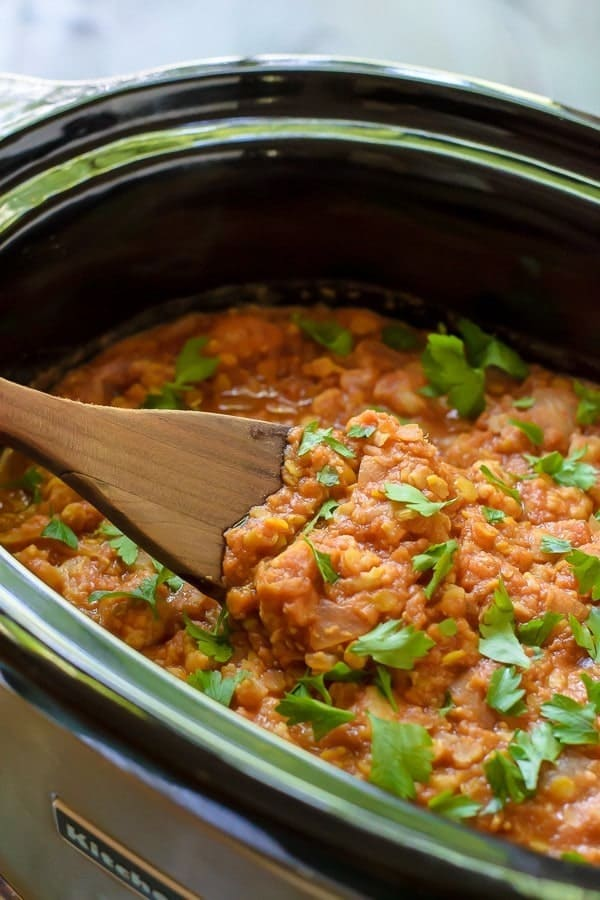 Slow Cooker Cauliflower Curry with Red Lentils