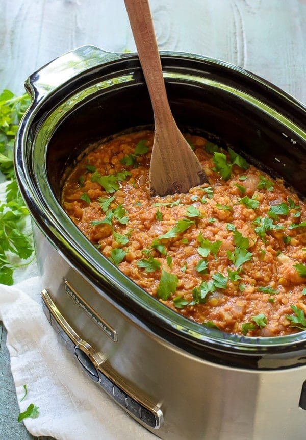 Slow Cooker Red Lentil Curry with Cauliflower. An easy, healthy and vegan crock pot recipe!