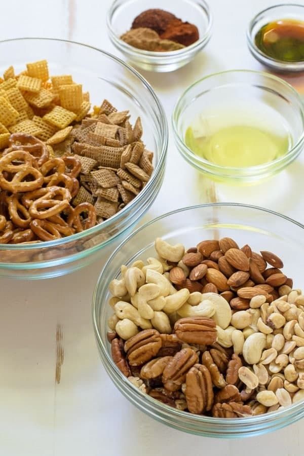 Sweet and Spicy Healthy Chex Mix