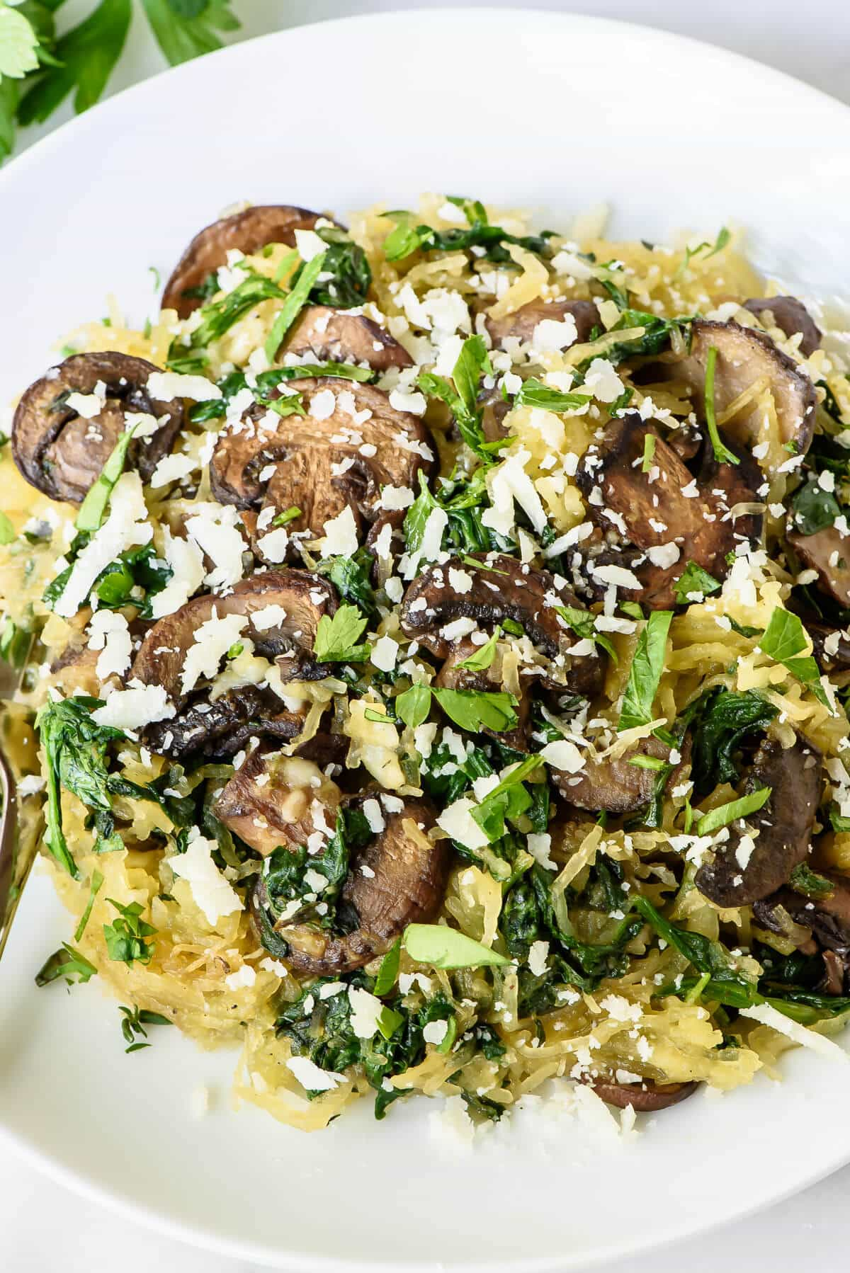 Garlic Roasted Spaghetti Squash With Parmesan And Mushrooms An Easy Healthy Vegetarian Dinner Recipe