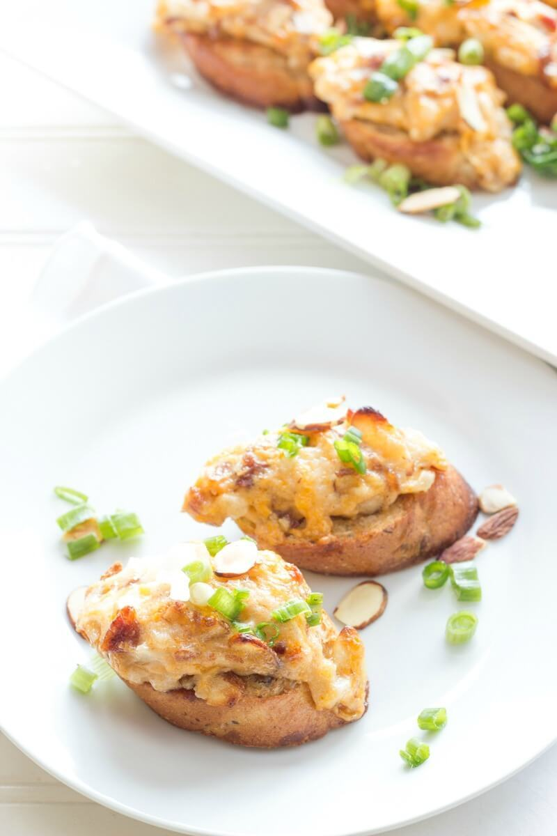 Everyone is a winner when it comes to this flavor-packed football food — Bacon Almond Cheddar Bruschetta!