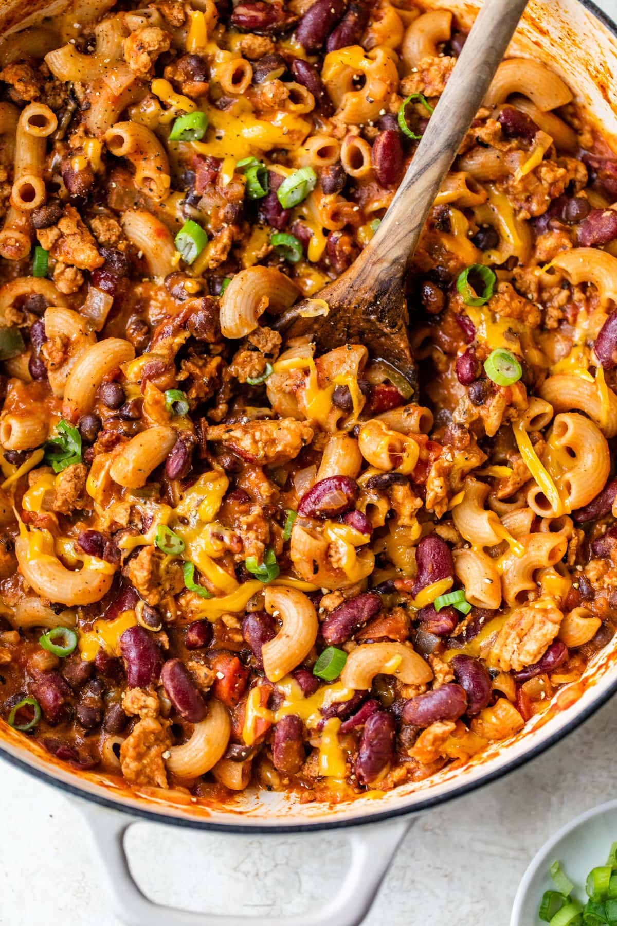 Easy One Pot Chili Mac and Cheese. An easy, healthy recipe that's perfect busy weeknights!