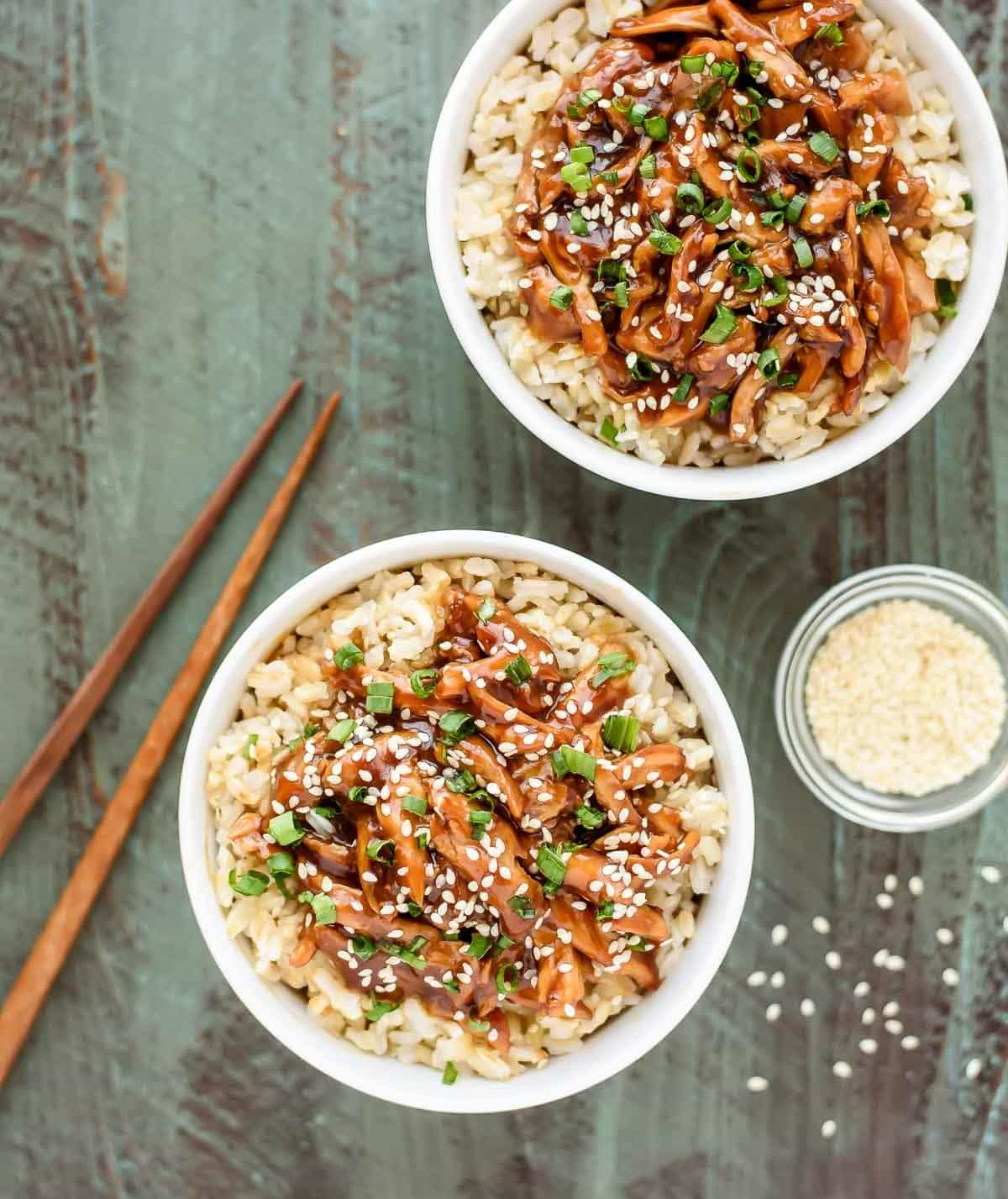 This crock pot teriyaki chicken will be the BEST thing you make! The honey teriyaki sauce is incredible. Perfect for serving with rice and great leftover too. @wellplated
