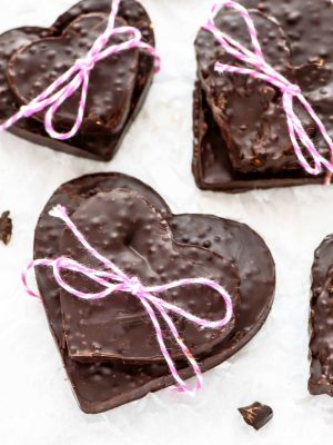 2 Ingredient Puffed Chocolate Bark. These taste like a homemade crunch bar! Easy, healthy, and perfect for gift giving too.