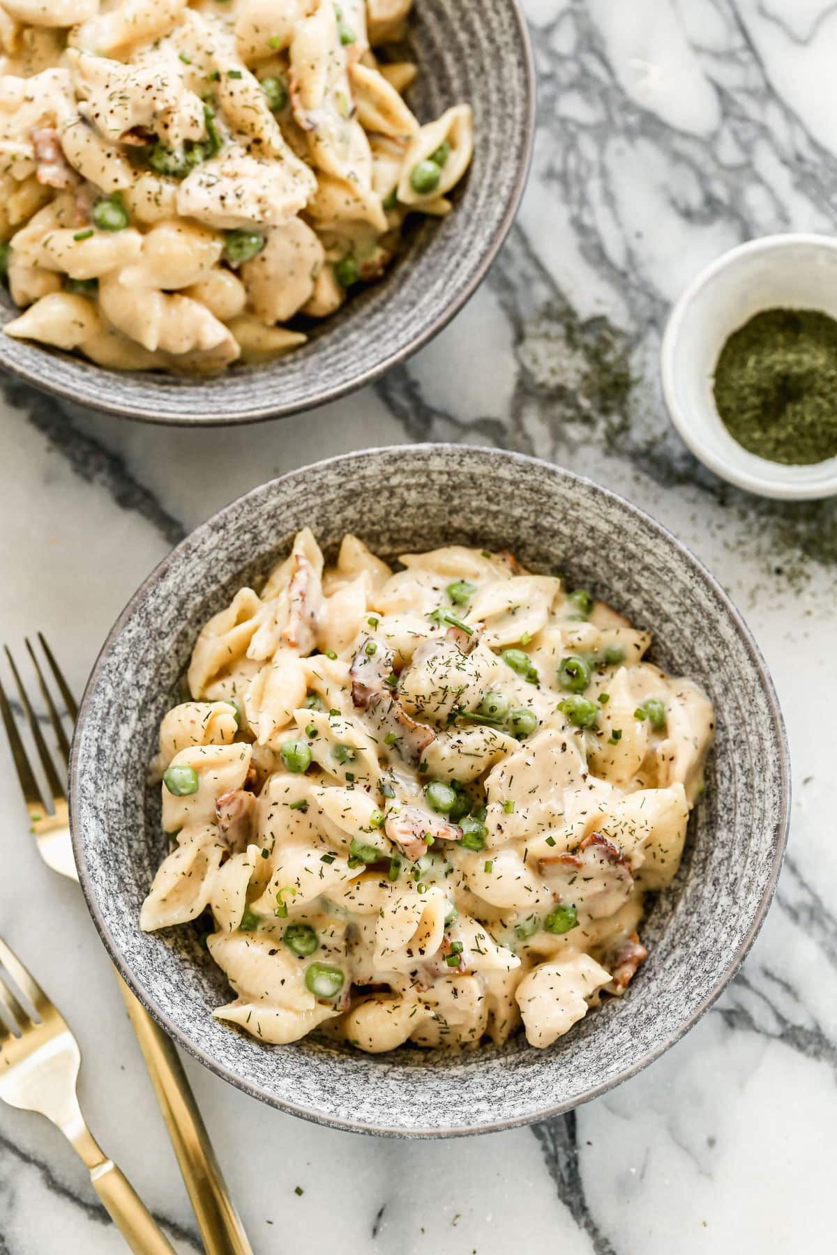 Creamy Chicken Bacon Pasta with Peas @wellplated