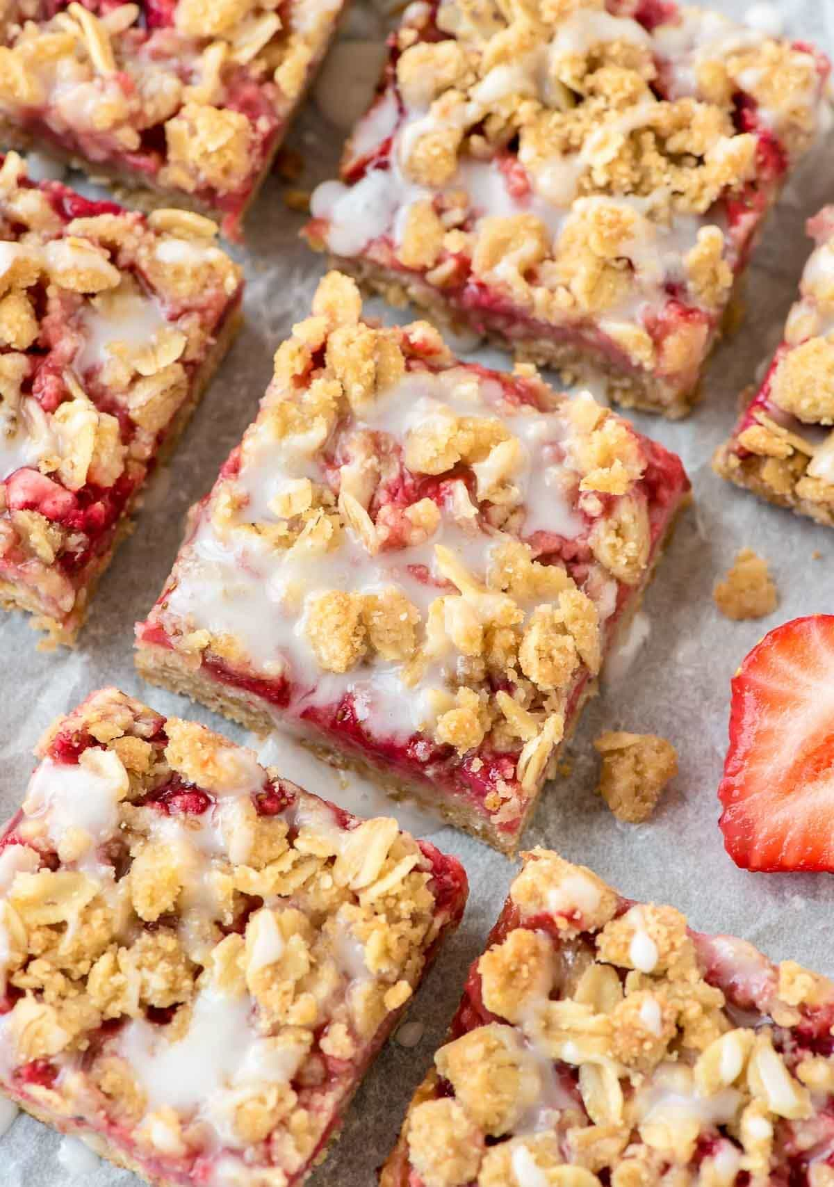 These Easy Strawberry Oatmeal Bars, With A Buttery Crust, Fresh Strawberry  Filling, And