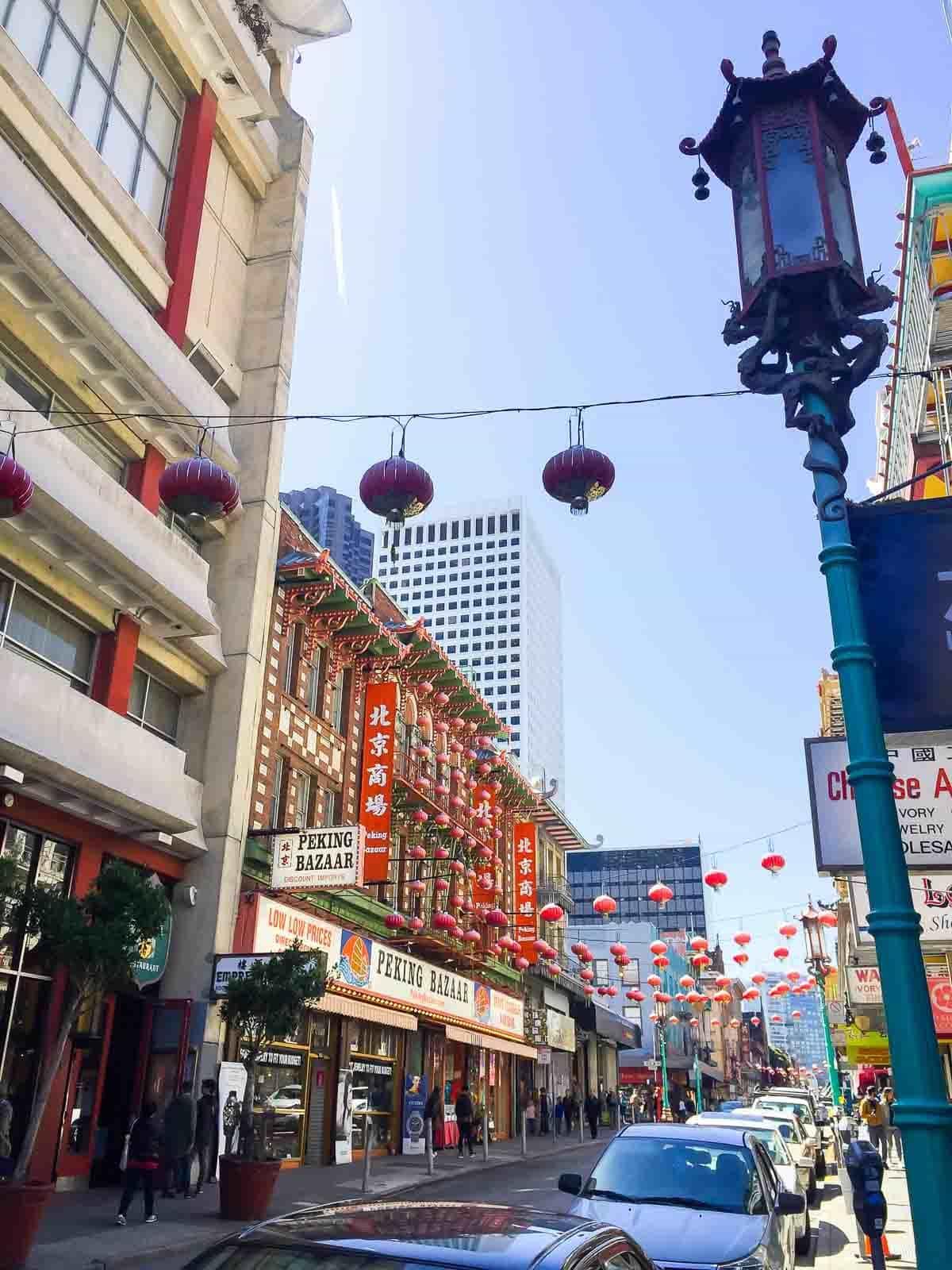 San Francisco Chinatown. A great activity in San Francisco!