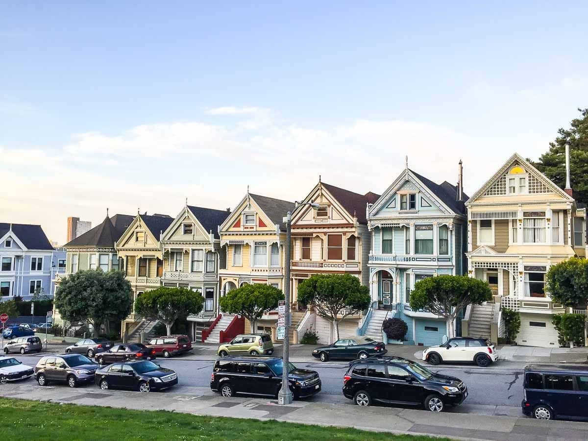 Painted Ladies in San Francisco by Alamo Square