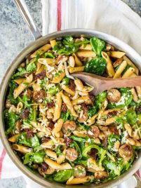 Sun Dried Tomato Pasta with Spinach, Sausage, and White Beans - A super easy pasta dish with the most amazing flavor, ready in 20 min! @wellplated