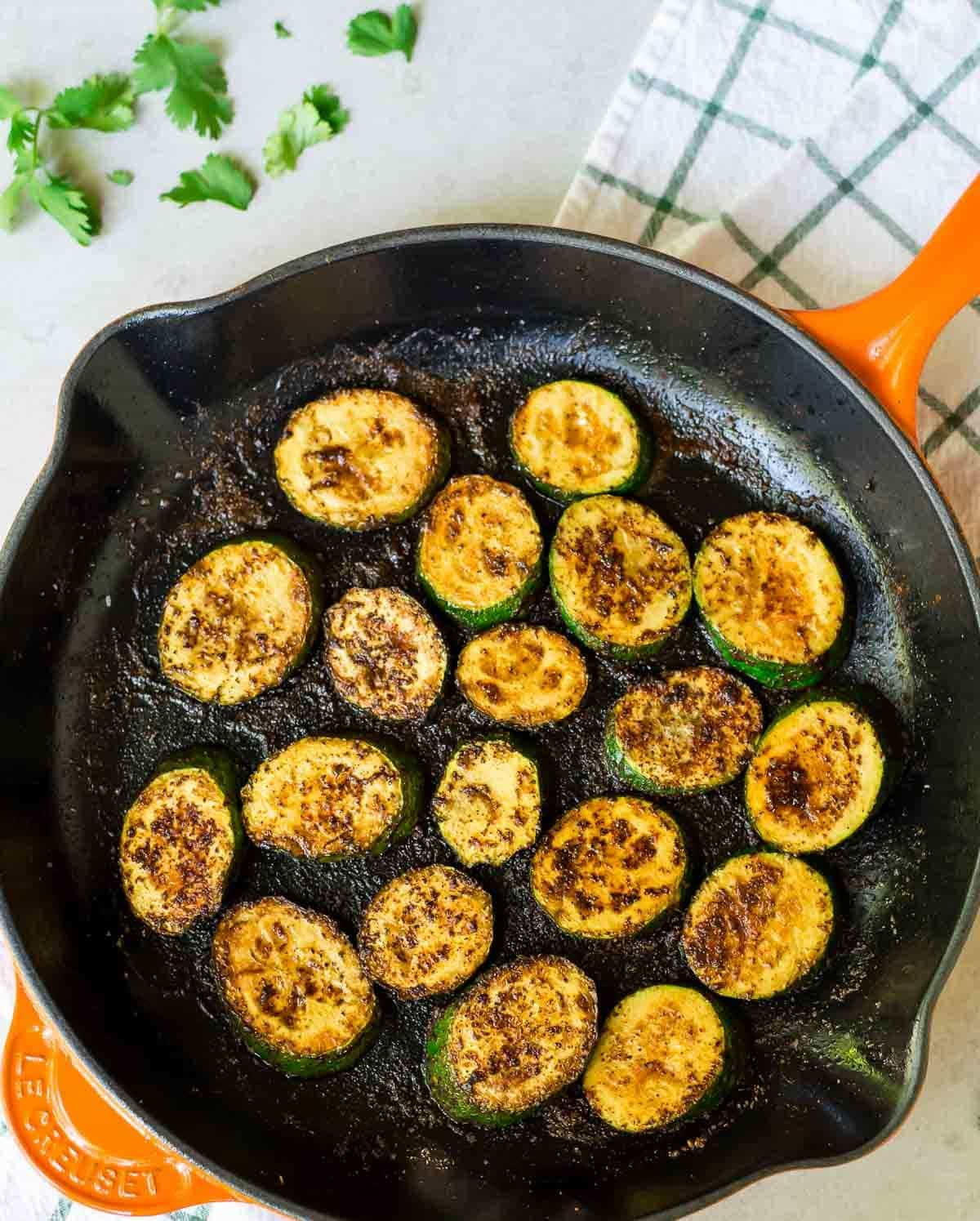Blackened Zucchini Tacos - Quick, easy, healthy and full of flavor - even meat eaters will love these!