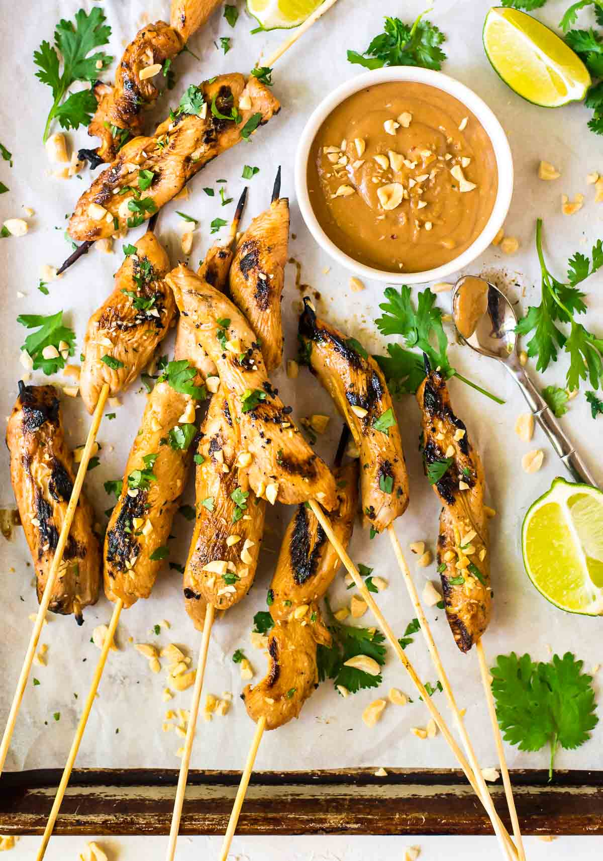 How to make restaurant-style Satay Chicken with Peanut Butter Dipping Sauce. Everyone's favorite appetizer, and it doubles as a light dinner too! @wellplated