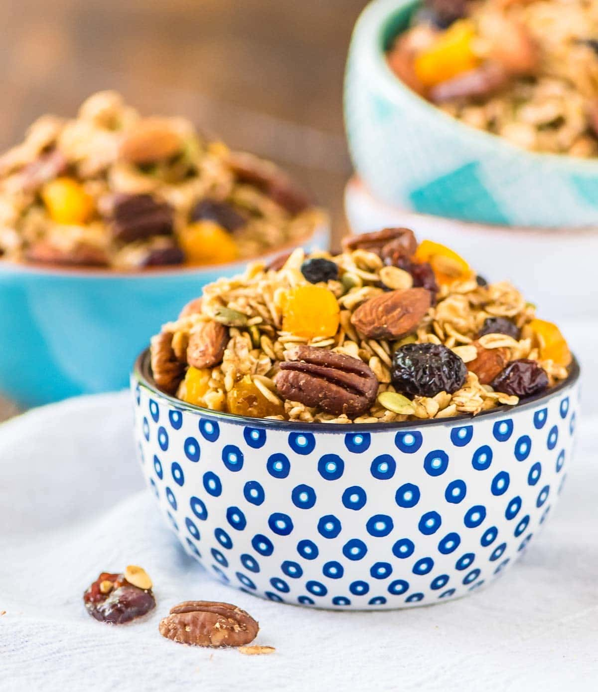 Crock Pot Granola recipe — The easiest way to make granola! Recipe can be customized to all of your favorite granola mix-ins. Salty, sweet, vegan, dairy-free, gluten-free, and DELICIOUS! Perfect for healthy breakfasts and quick snacks. @wellplated