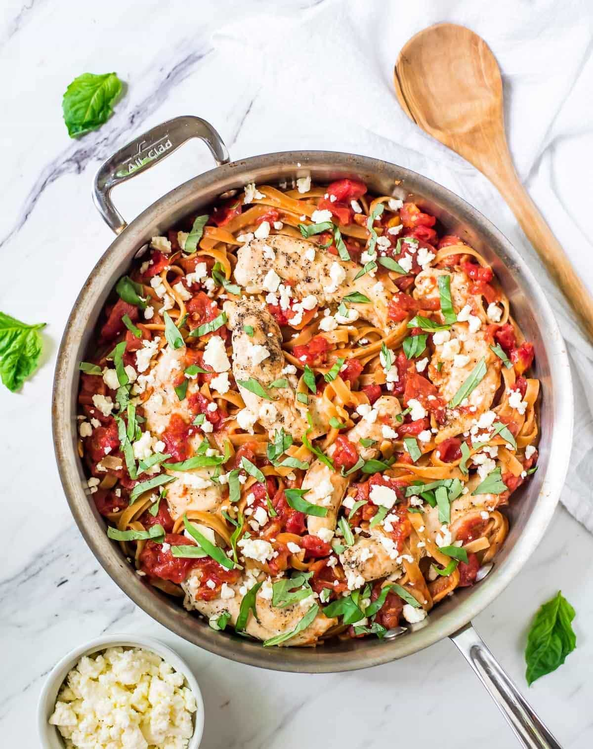 ONE PAN Feta Chicken Pasta — Just FIVE ingredients! Everything cooks in one pan, including the pasta! @wellplated