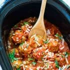 Classic Crock Pot Turkey Meatballs. DELICIOUS! Our whole family loves this easy slow cooker recipe. Great freezer meal too! @wellplated