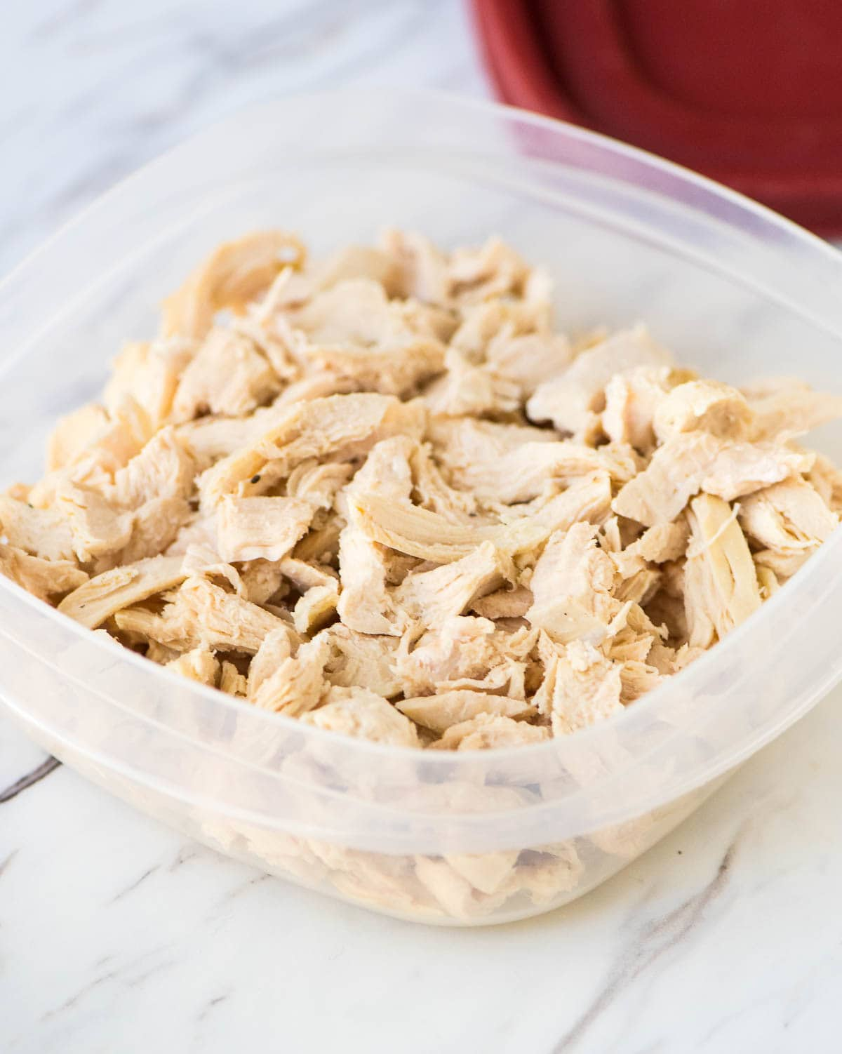 How to cook poached chicken in 3 steps: Perfect for adding shredded chicken or diced chicken to any recipe. @wellplated