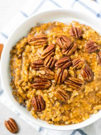 Slow Cooker Overnight Pumpkin Steel Cut Oats
