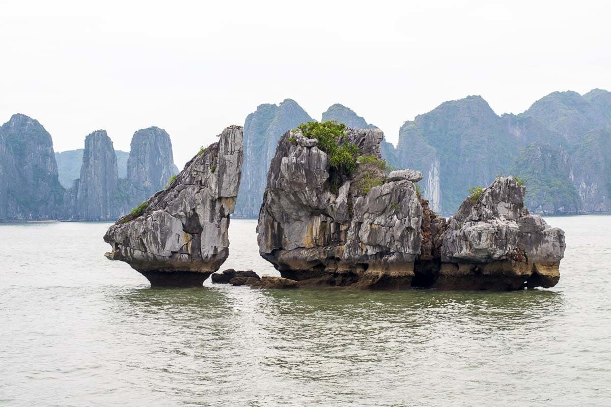 halong-bay-rock