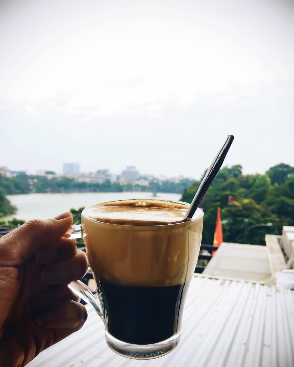 hanoi-cafe-pho-co