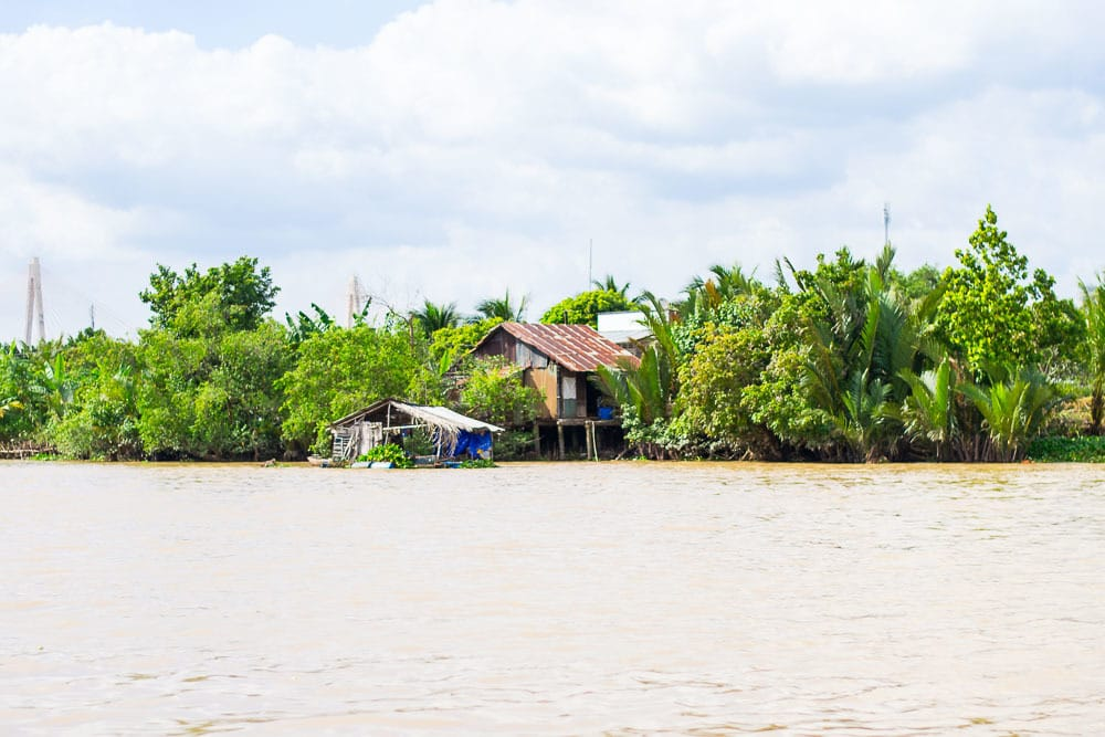 mekong-river-house