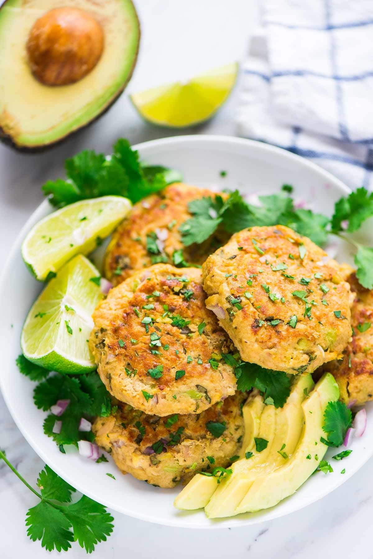 Easy Baked Avocado Tuna Cakes. Quick, healthy, and delicious! This simple, budget-friendly recipe is a family favorite. Recipe at wellplated.com | @wellplated