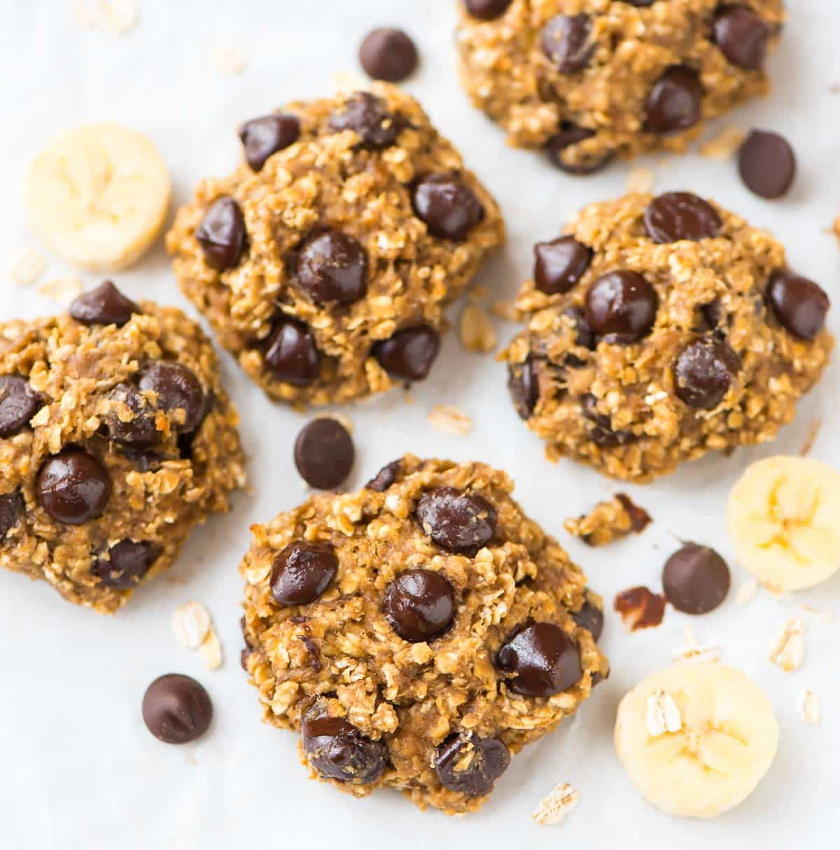 Oatmeal Banana Cookies with Chocolate Chips