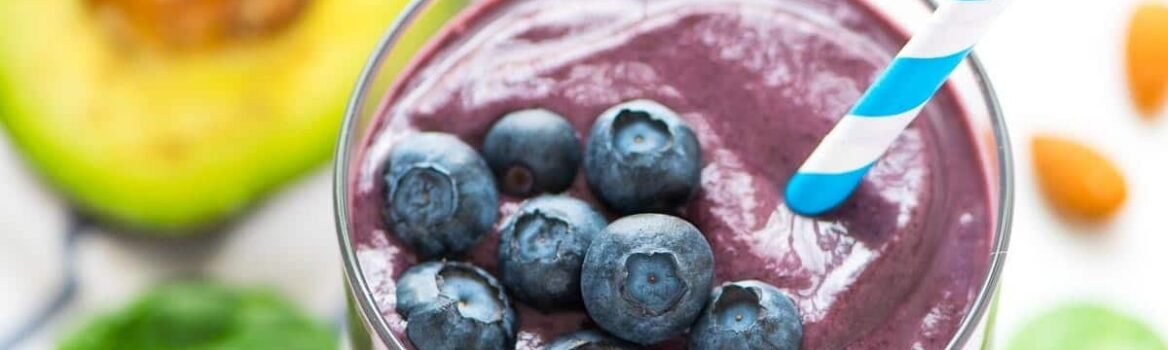 Blueberry Avocado Banana Smoothie - the BEST green smoothie for glowing skin! Hydrating, creamy, and absolutely delicious. Filled with healthy fats, fiber, and antioxidants, it promotes beauty the natural way. Recipe at wellplated.com | @wellplated
