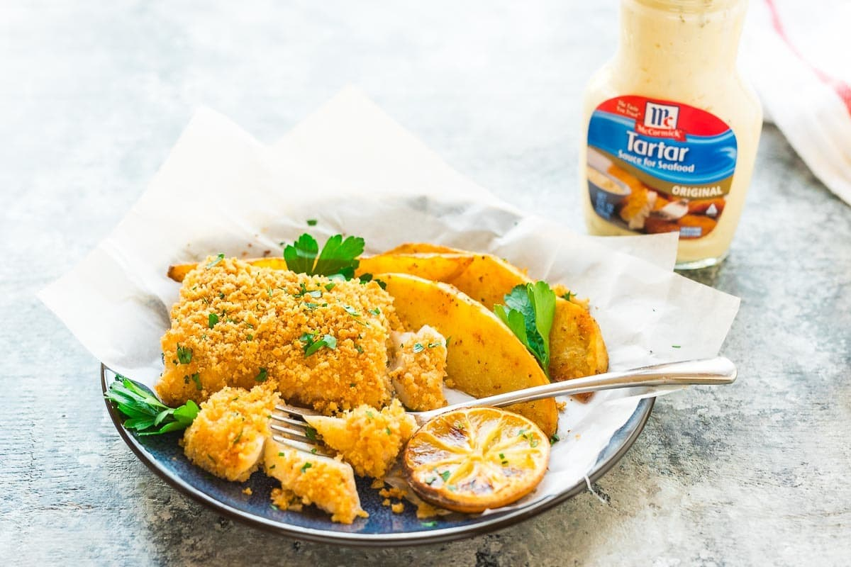 Crispy Oven Baked Fish and Chips. Easy, healthy, and cooks on ONE pan! Recipe at wellplated.com | @wellplated