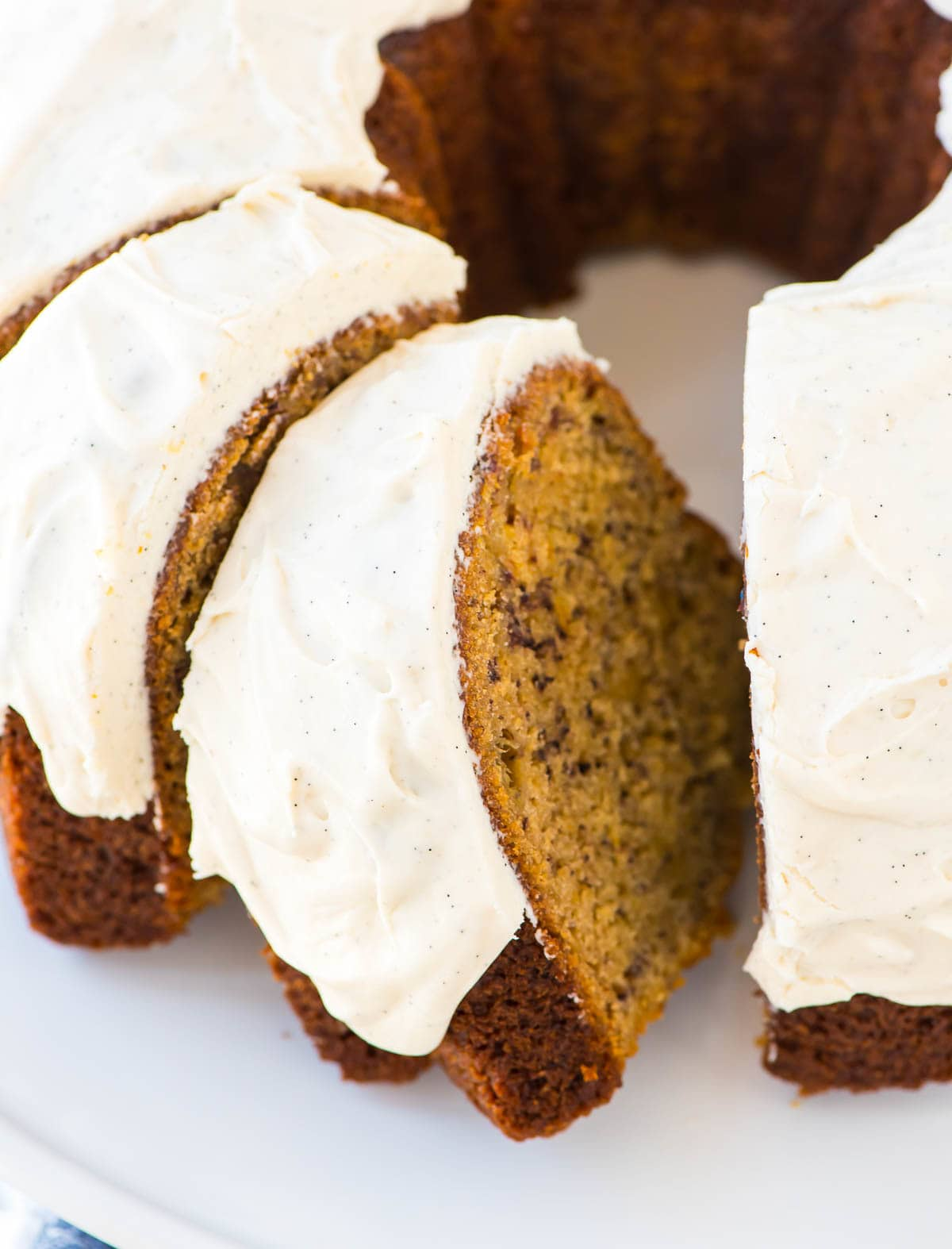 Healthy Banana Bundt Cake recipe made with Greek yogurt. Simple and easy recipe that's perfect for using up ripe bananas! Recipe at wellplated.com | @wellplated